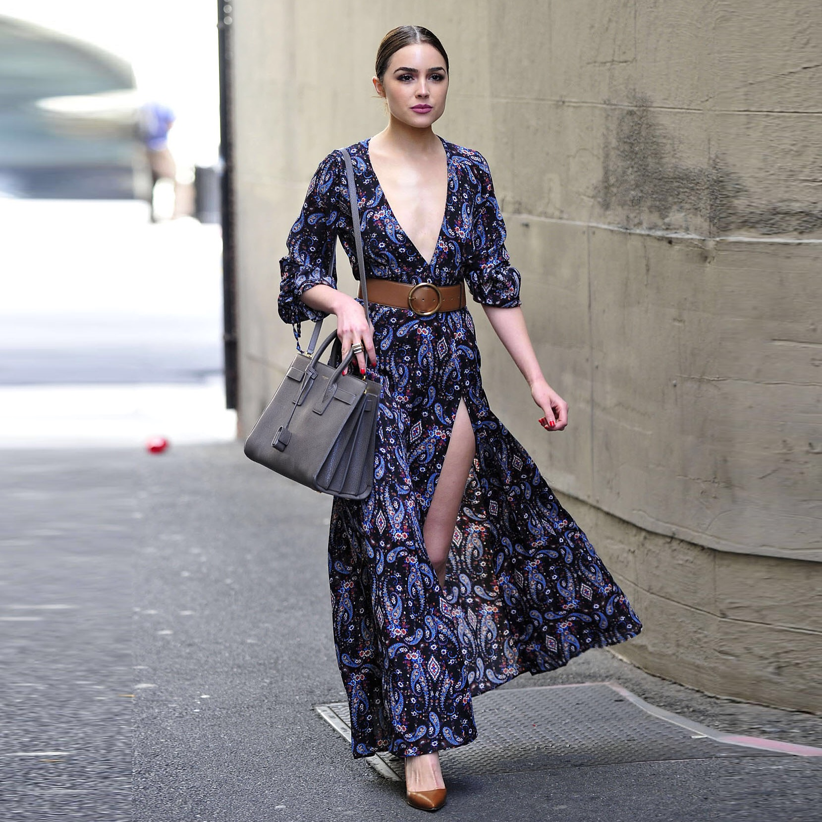 Exclusive - Los Angeles, CA - 04/01/2016 - Olivia Culpo looking stunning while on her way to lunch in LA. -PICTURED: Olivia Culpo -PHOTO by: Michael Simon/startraksphoto.com -MS310219 Editorial - Rights Managed Image - Please contact www.startraksphoto.com for licensing fee Startraks Photo Startraks Photo New York, NY For licensing please call 212-414-9464 or email sales@startraksphoto.com Image may not be published in any way that is or might be deemed defamatory, libelous, pornographic, or obscene. Please consult our sales department for any clarification or question you may have Startraks Photo reserves the right to pursue unauthorized users of this image. If you violate our intellectual property you may be liable for actual damages, loss of income, and profits you derive from the use of this image, and where appropriate, the cost of collection and/or statutory damages.