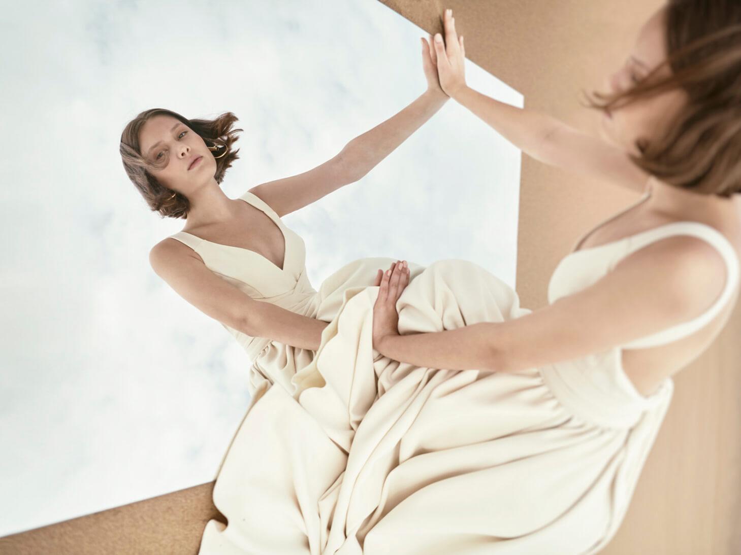 Monica-Cordera-Bridal-novia-2018-vestido-blanco-escote-espalda