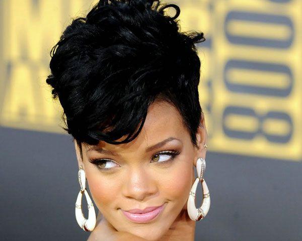 25173c2fd670a1499d4a9480b20ec4b8--mohawk-hairstyles-for-women-rihanna-hairstyles