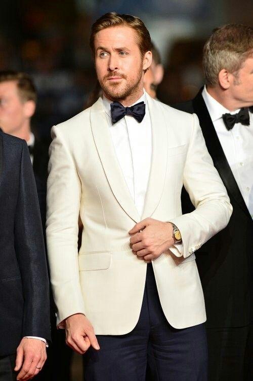 e0682c8e7417b80c6ca04e1f1ea877eb--ryan-gosling-style-ryan-gosling-suit