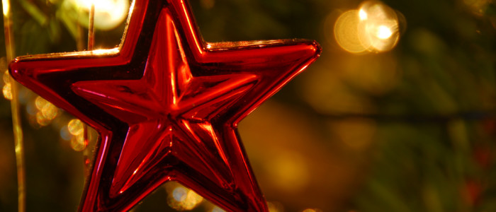 Red_star_christmas_ornament
