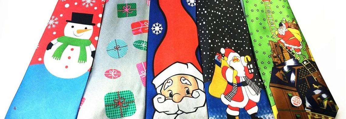 boy-christmas-tie-printing-santa-claus-reindeer