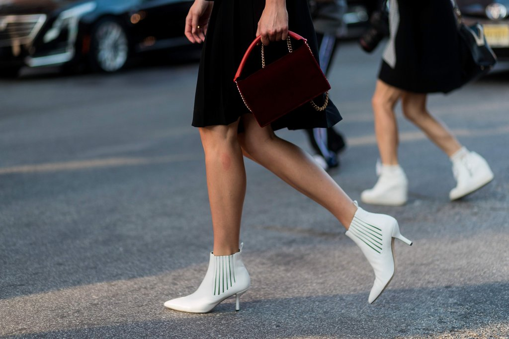 How-Wear-White-Ankle-Boots