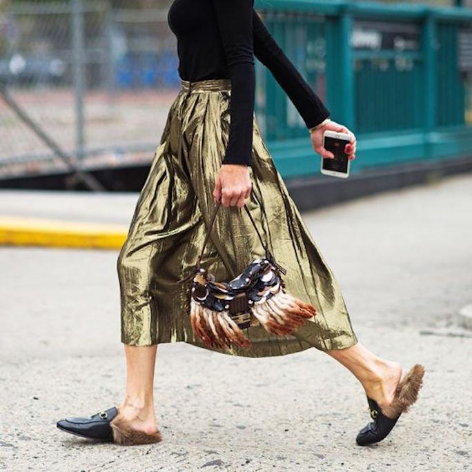 Metallic-pleated-midi-skirt-street-style