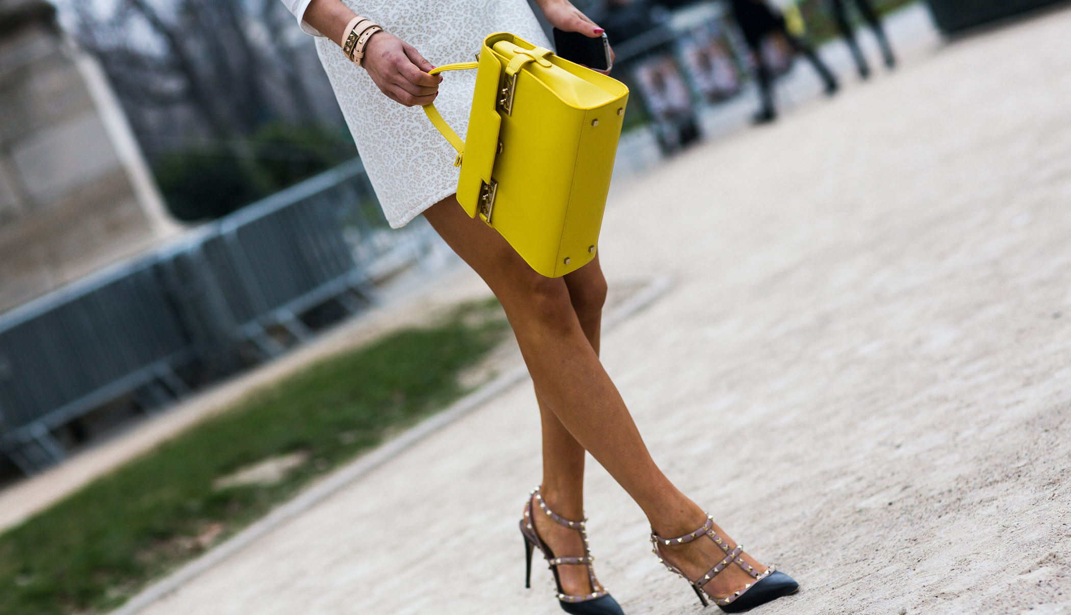 Yellow-Bags-Hero