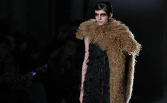 la-pasarela-mercedes-benz-fashion-week-madrid-otono-invierno-2018-en-imagenes