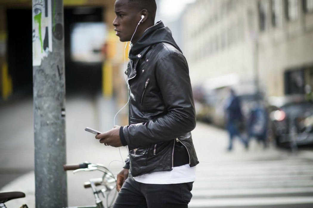 leather-biker-jacket-mens-paris-street-style-1050x699