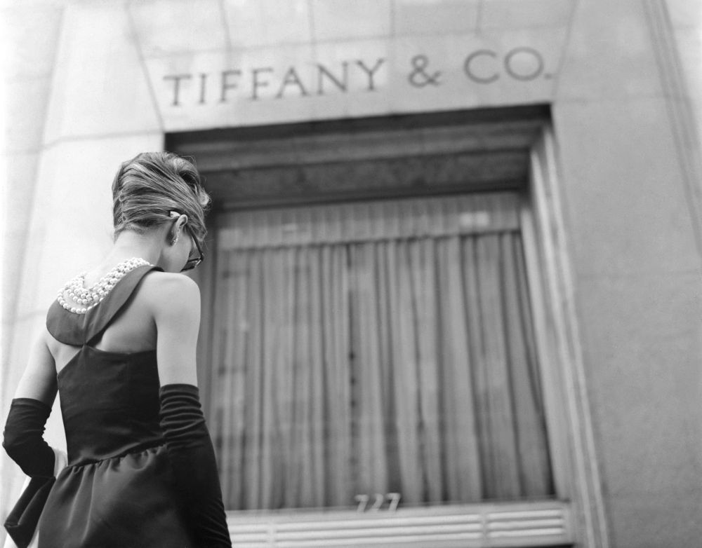 British actress Audrey Hepburn on the set of Breakfast at Tiffany's, based on the novel by Truman Capote and directed by Blake Edwards. (Photo by Paramount Pictures/Corbis via Getty Images)