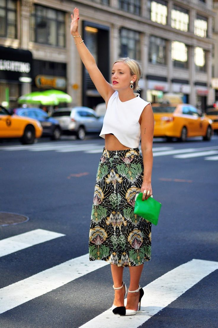 54b52bb01944e668adbbfd440820f001--patterned-skirt-white-crop-tops