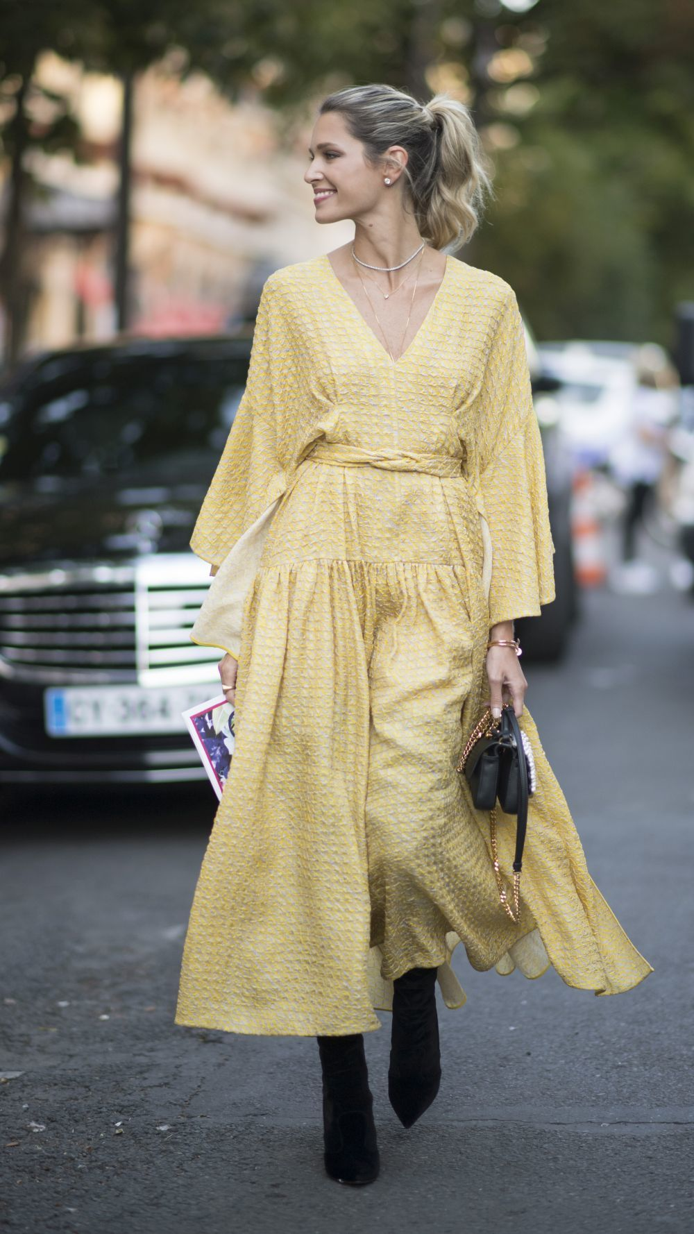 PARIS, FRANCE - JULY 05: Helena Bordon seen in the streets of Paris after the Fendi show on July 5, 2017 in Paris, France. (Photo by Timur Emek/Getty Images)