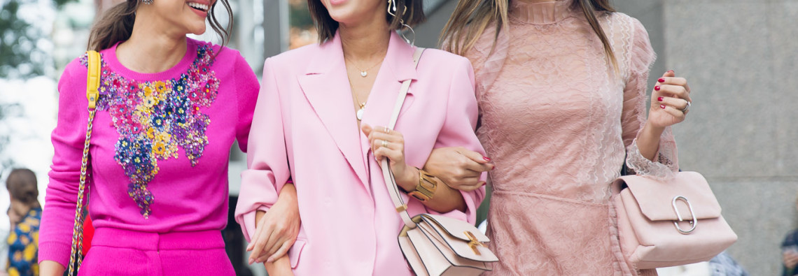The-Best-pink-street-style-looks-and-pink-pantsuits-at-New-York-Fashion-Week-ss-2018-photo-by-street-style-photograper-Armenyl-4