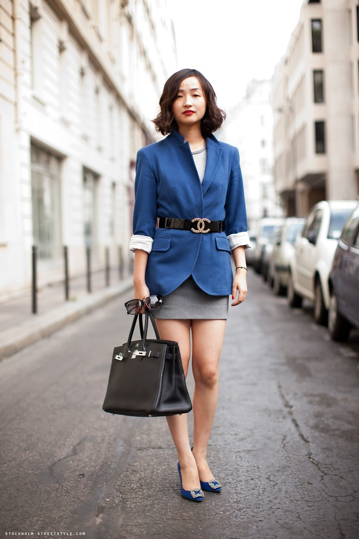 5.-blue-blazer-with-miniskirt