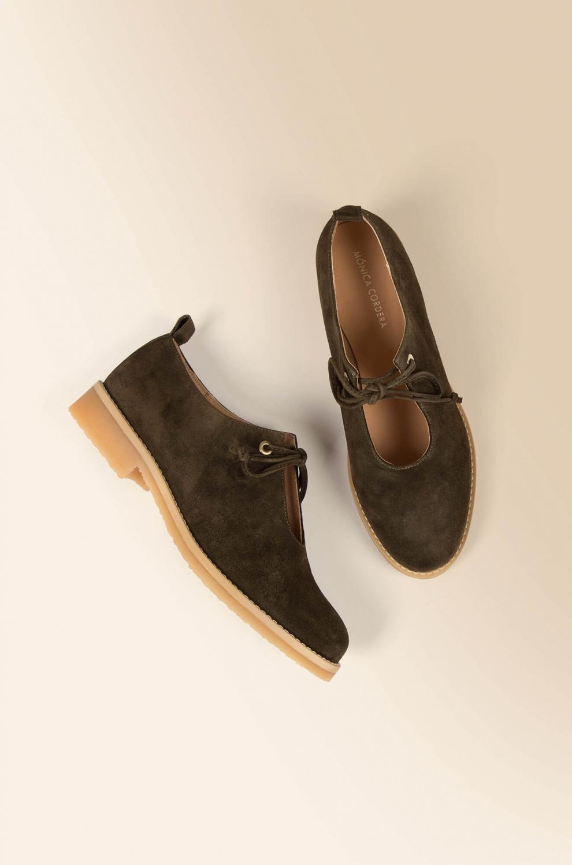 zapatos-cordones-verdes
