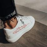 sneakers-1b-1575974871