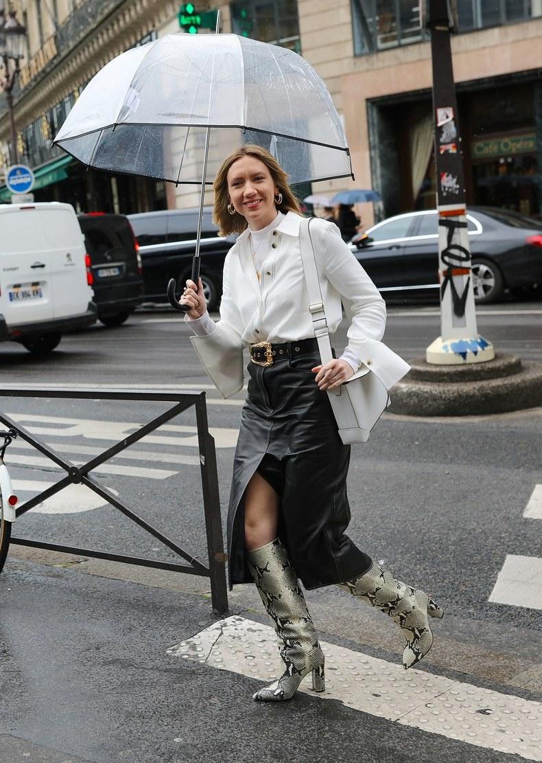 Best-Snake-Print-Snakeskin-Boots-Leather-Skirt-Shirt-Bag-Belt-Lisa-Aiken-Outfit-Inspiration-Via-Phil-Oh-Vogue-Street-Style-Le-Fashion-Blog